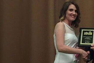 SNHU Awards Third Military Spouse Scholarship